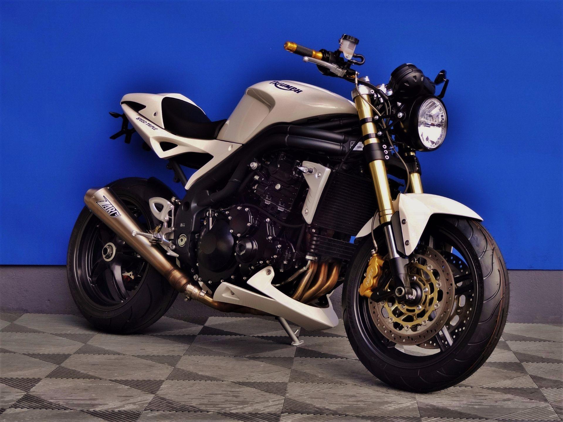 triumph speed triple 1050 umbau vogel motorbikes sch pfheim occasion. Black Bedroom Furniture Sets. Home Design Ideas