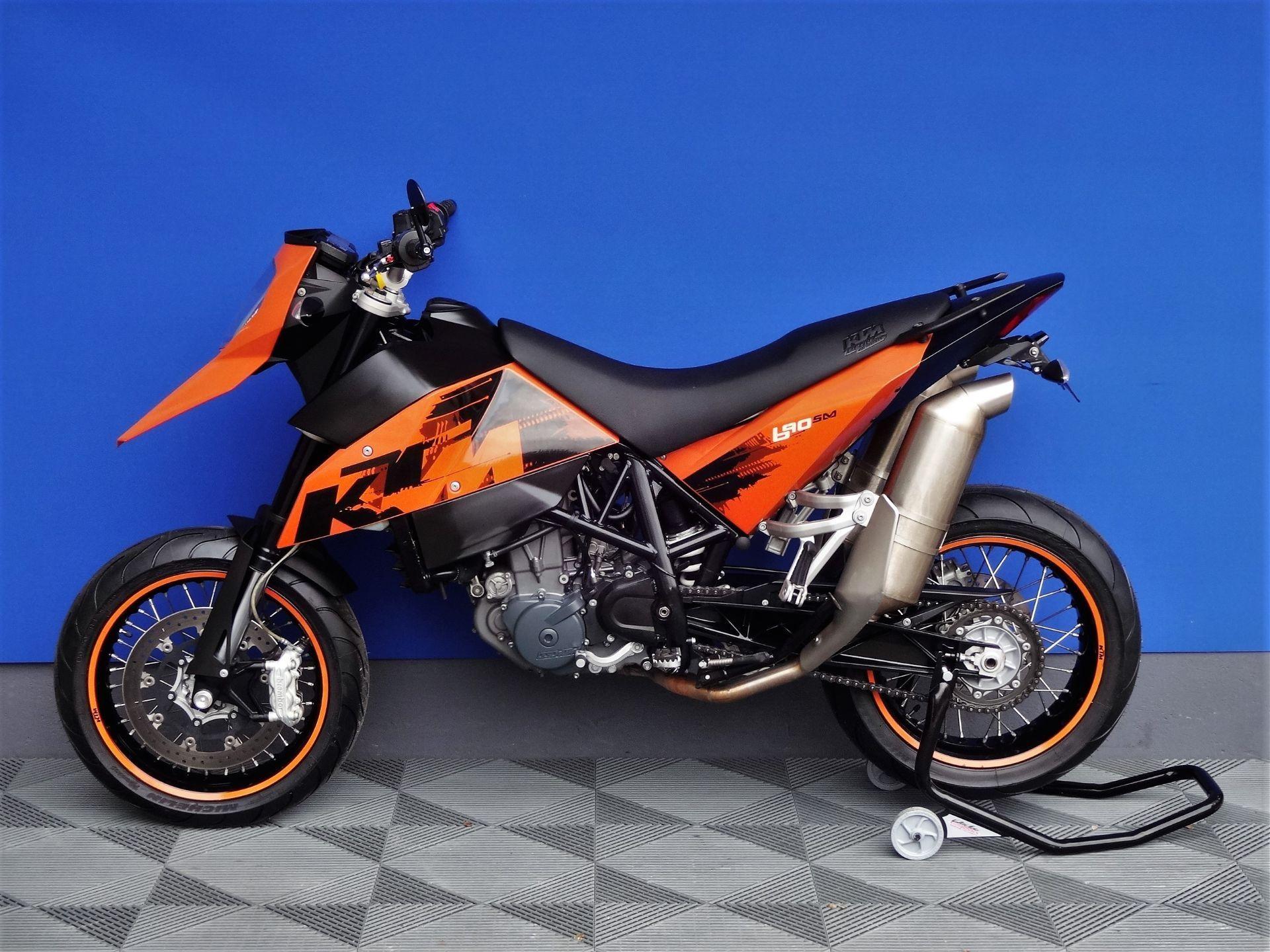 ktm 690 sm supermoto vogel motorbikes sch pfheim occasion. Black Bedroom Furniture Sets. Home Design Ideas