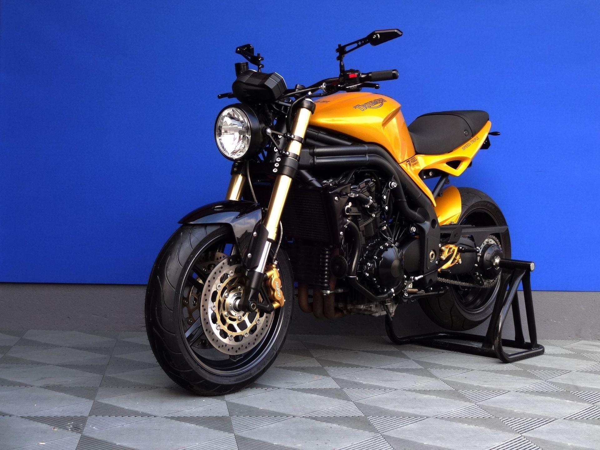 triumph speed triple 1050 spez vogel motorbikes sch pfheim occasion. Black Bedroom Furniture Sets. Home Design Ideas