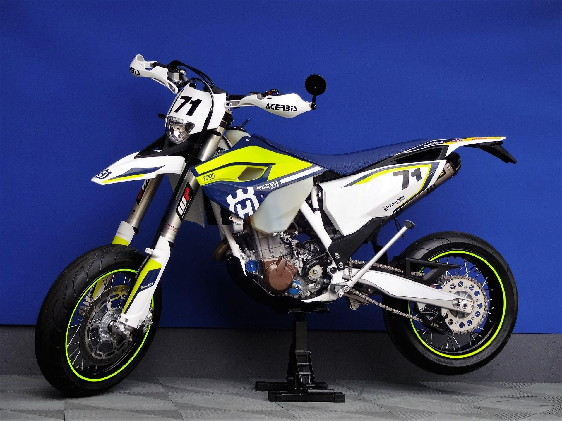 husqvarna 450 fe akrapovic vogel motorbikes sch pfheim. Black Bedroom Furniture Sets. Home Design Ideas