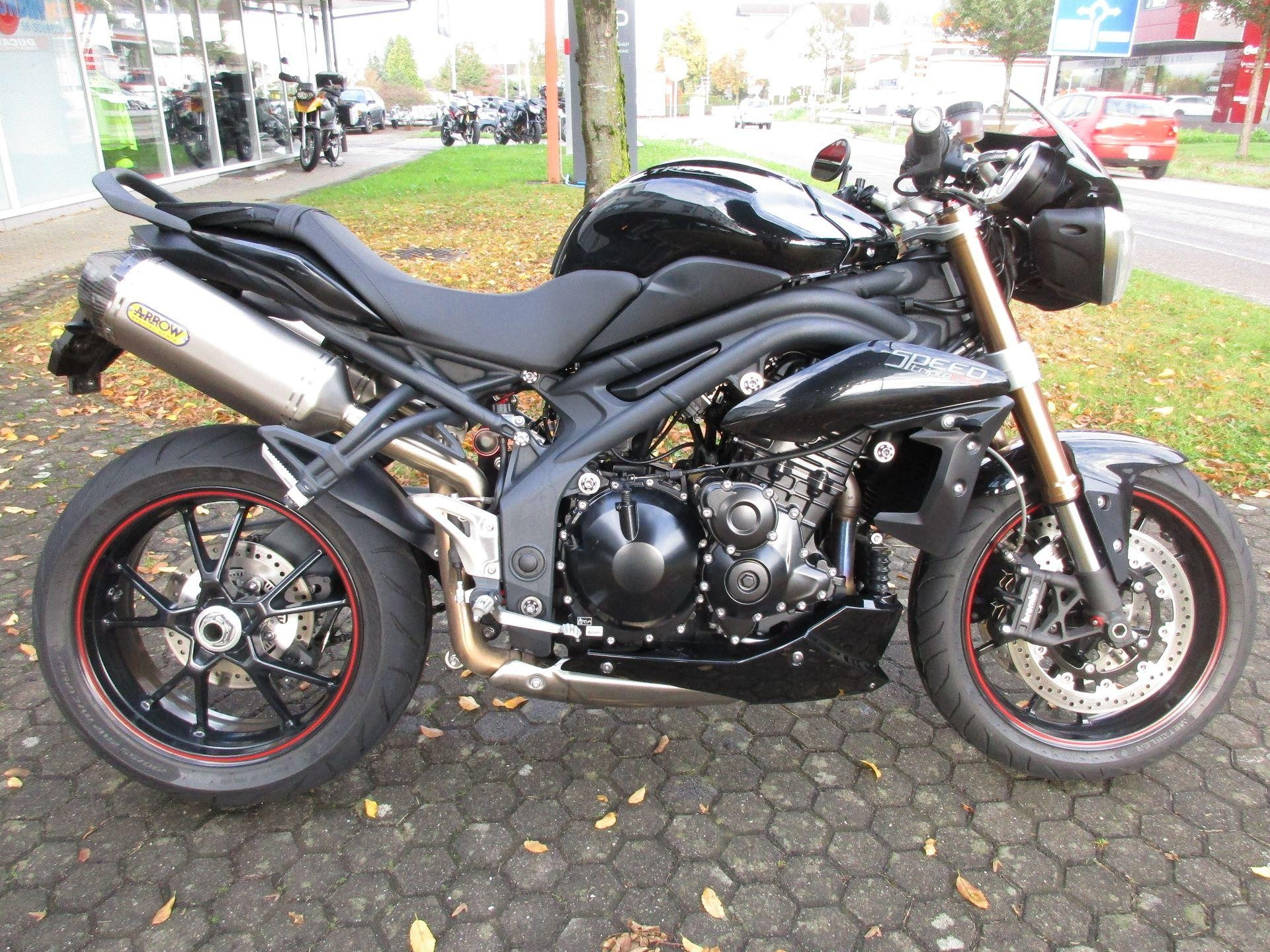 triumph speed triple 1050 abs motoria gmbh wohlen occasion. Black Bedroom Furniture Sets. Home Design Ideas