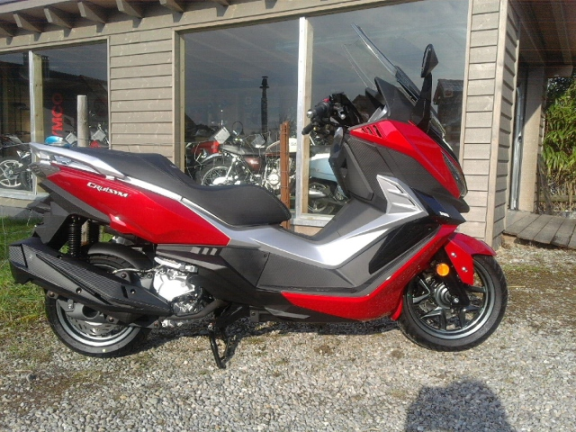 Motorrad kaufen SYM Cruisym 300 Neufahrzeug