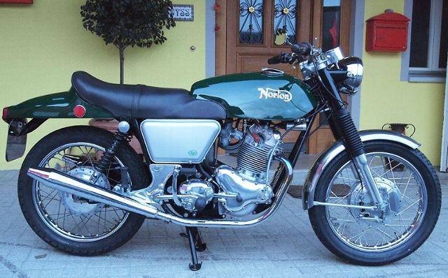 Motorrad kaufen NORTON Commando Fastback Oldtimer