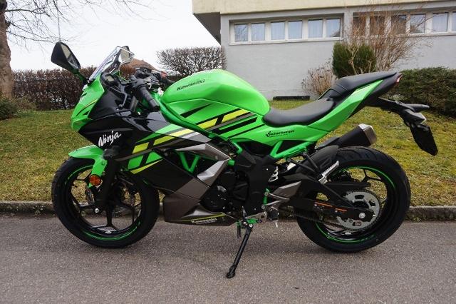Motorrad kaufen KAWASAKI Ninja 125 ABS SE KRT Neufahrzeug