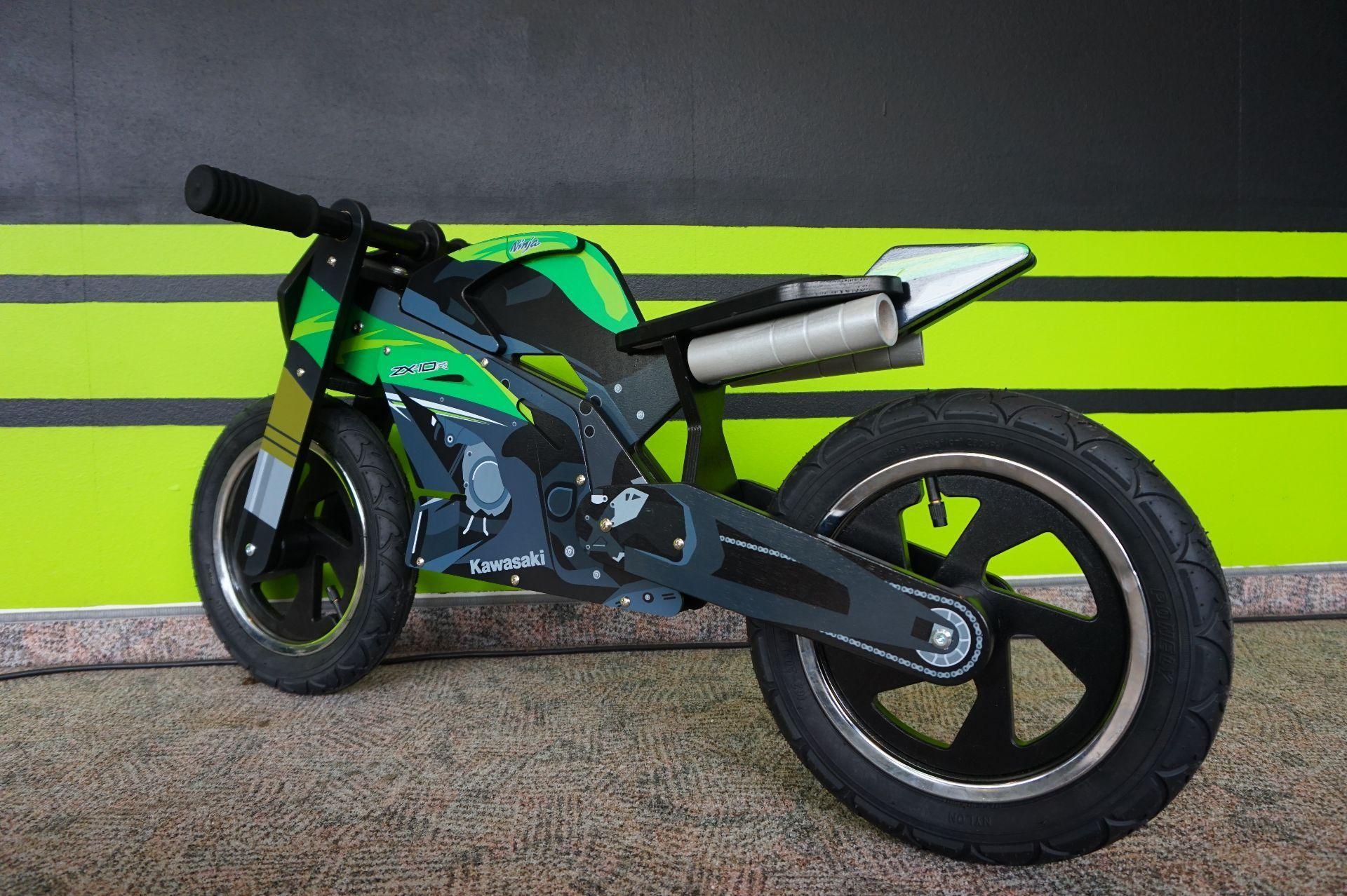 moto neuve acheter kawasaki spezial kiddy moto zx 10r. Black Bedroom Furniture Sets. Home Design Ideas