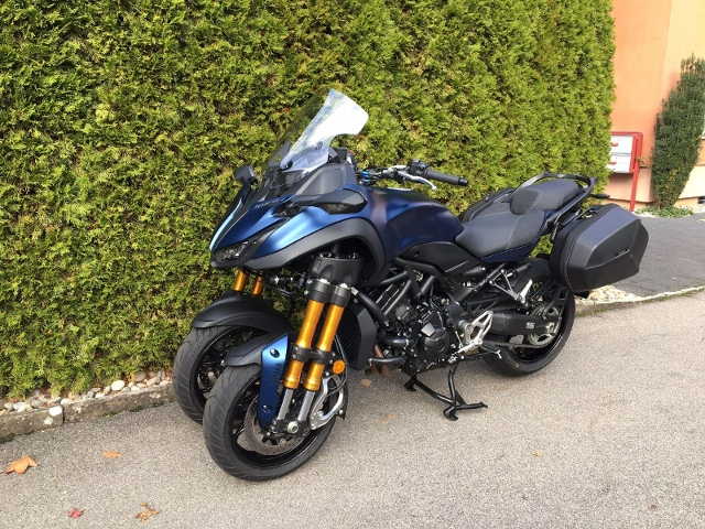 Motorrad kaufen YAMAHA Niken 900 GT Occasion