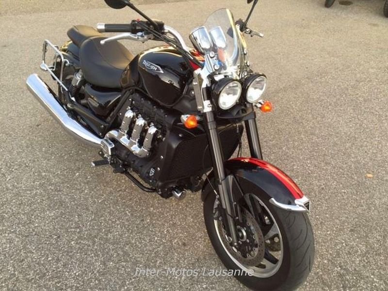 motorrad occasion kaufen triumph rocket iii 2300 roadster inter motos sa le mont sur lausanne. Black Bedroom Furniture Sets. Home Design Ideas
