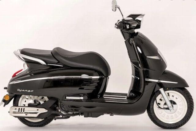 Aquista moto PEUGEOT Django 125 ab 16 Jahre Veicoli nuovi