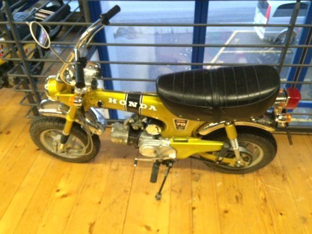 buy motorbike oldtimer honda dax st70 moto gaz sa. Black Bedroom Furniture Sets. Home Design Ideas
