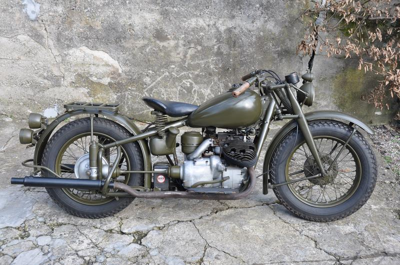 motorrad oldtimer kaufen indian 841 army shaft drive l chinger classic motors ag nieder nz. Black Bedroom Furniture Sets. Home Design Ideas
