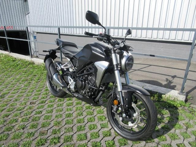 Motorrad kaufen HONDA CB 300 R Occasion