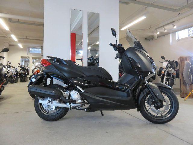 Motorrad kaufen YAMAHA YP 125 X-Max Iron Max Neufahrzeug