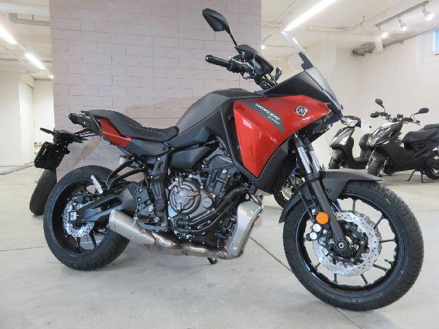Aquista moto YAMAHA Tracer 700 Veicoli nuovi