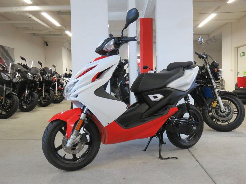 Motorrad Occasion kaufen YAMAHA Aerox R NS 50 2 tempi / 2