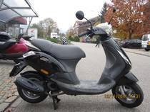 Motorrad kaufen Occasion PIAGGIO Zip 100 4T (roller)