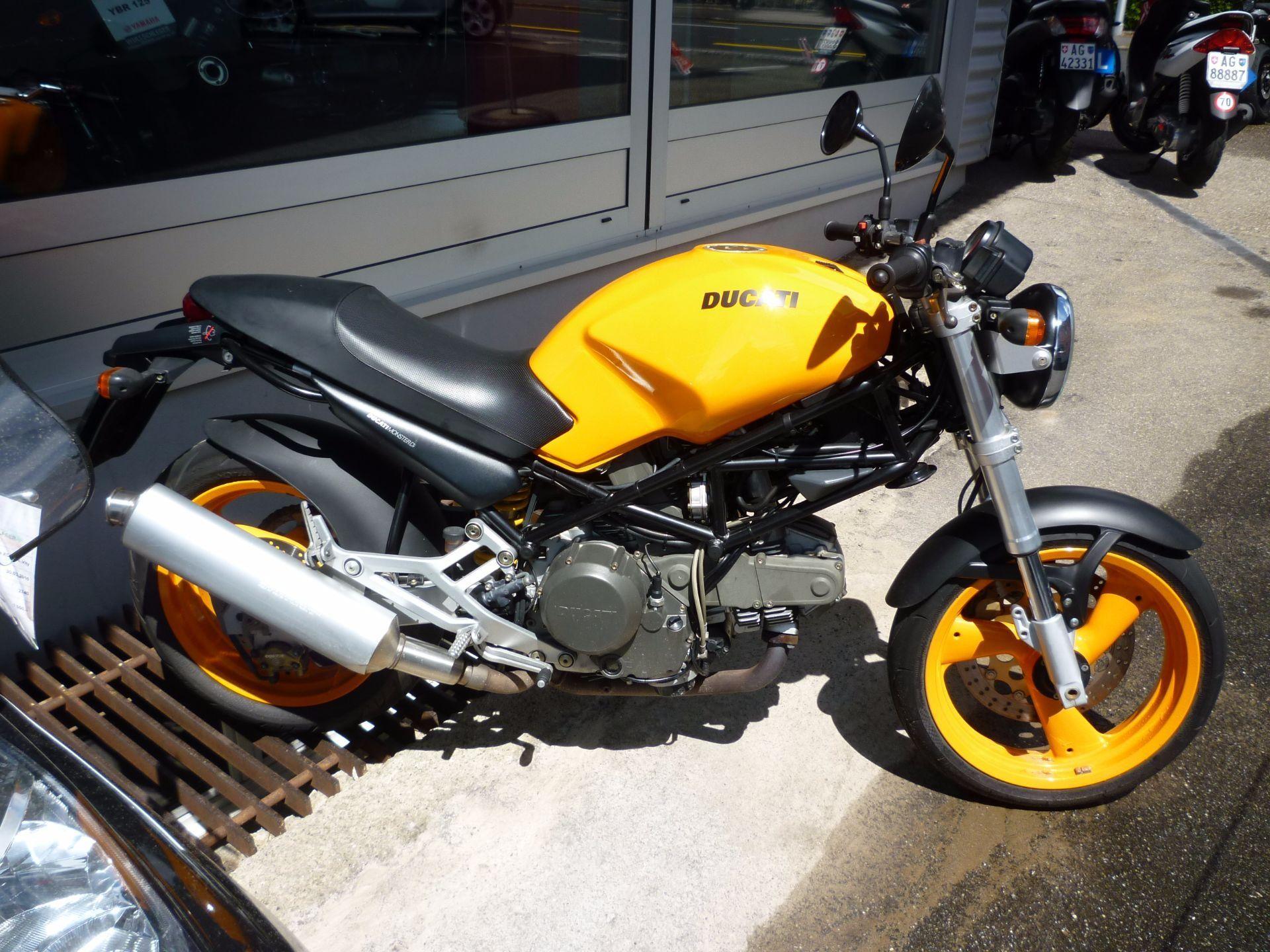 motorrad occasion kaufen ducati 600 monster wullschleger motorradsport zofingen. Black Bedroom Furniture Sets. Home Design Ideas