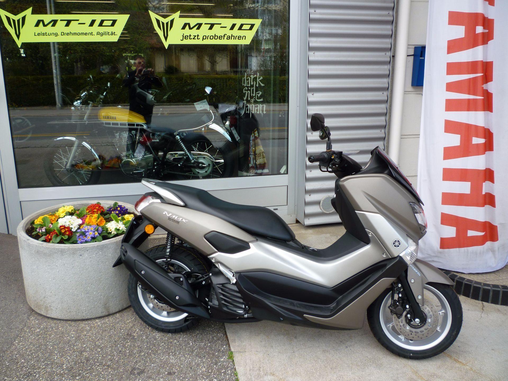 Motorrad Mieten & Roller Mieten YAMAHA GPD 125 N-Max