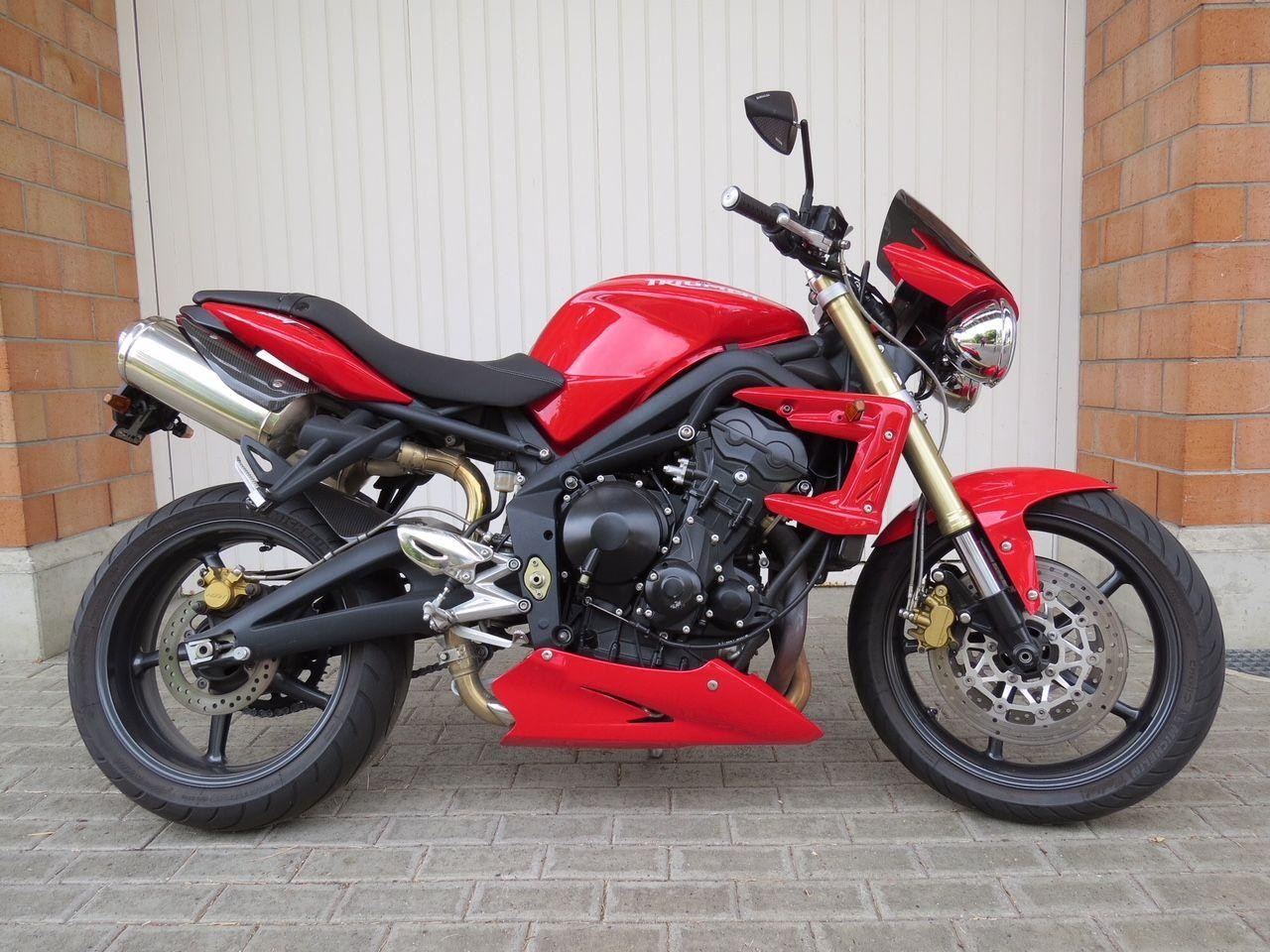Buy Motorbike Pre Owned Triumph Street Triple 675 Bike Design Reiden