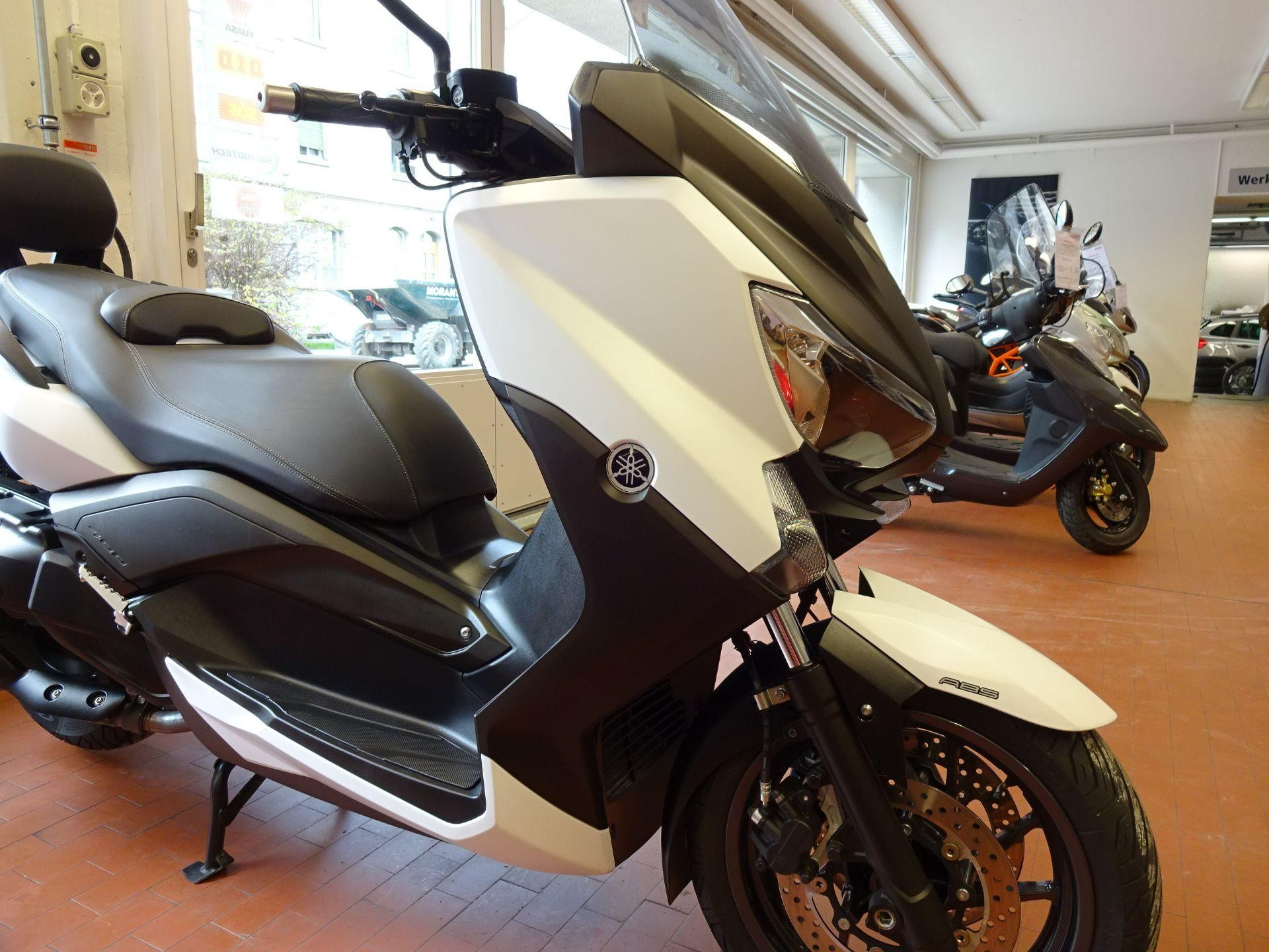 motorrad occasion kaufen yamaha yp 400 ra x max abs stahlmoto ag st gallen. Black Bedroom Furniture Sets. Home Design Ideas