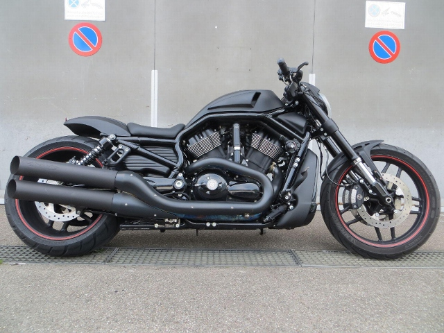 Motorrad kaufen HARLEY-DAVIDSON VRSCDX 1250 Night-Rod Special ABS Spezial Occasion