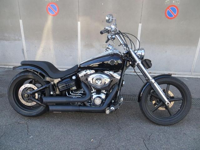 Motorrad kaufen HARLEY-DAVIDSON FXCWC 1584 Softail Rocker C Occasion