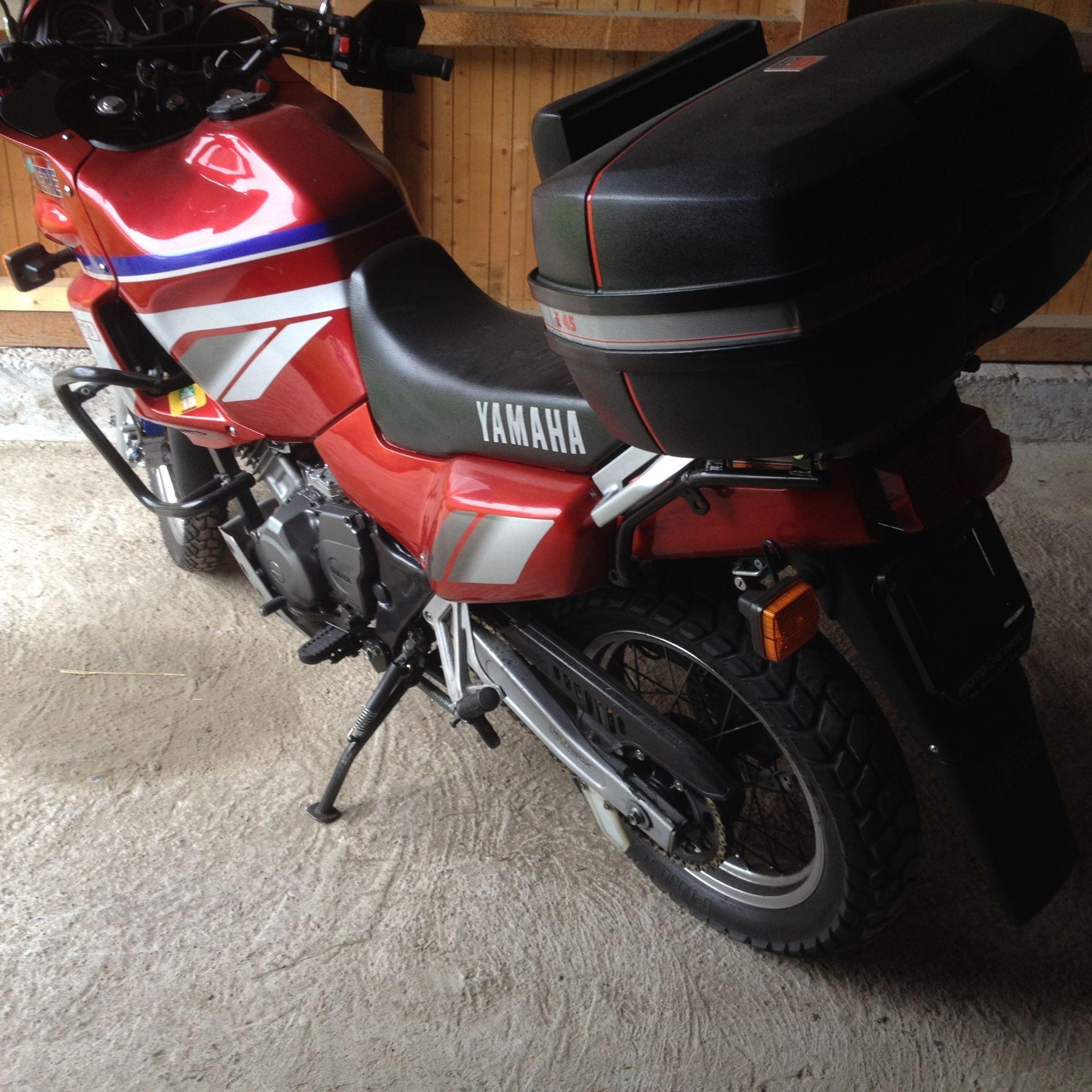 Moto occasions acheter yamaha xtz 750 super tenere for Garage moto occasion