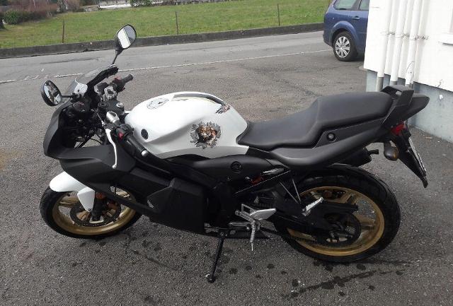 Motorrad kaufen YAMAHA TZR 50 Occasion
