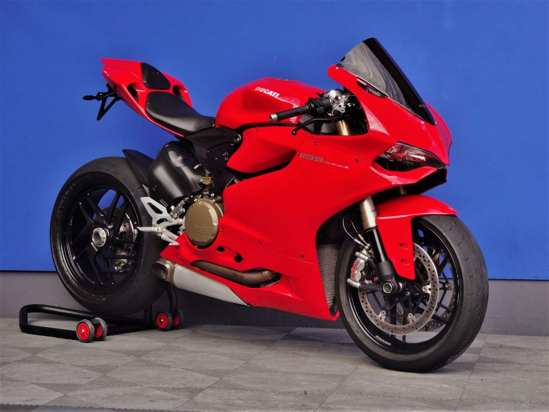 motorrad occasion kaufen ducati 1199 panigale vogel. Black Bedroom Furniture Sets. Home Design Ideas