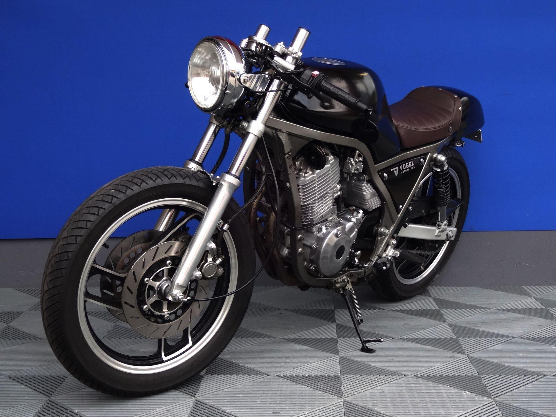 moto occasions acheter yamaha srx 600 cafe racer vogel motorbikes sch pfheim. Black Bedroom Furniture Sets. Home Design Ideas