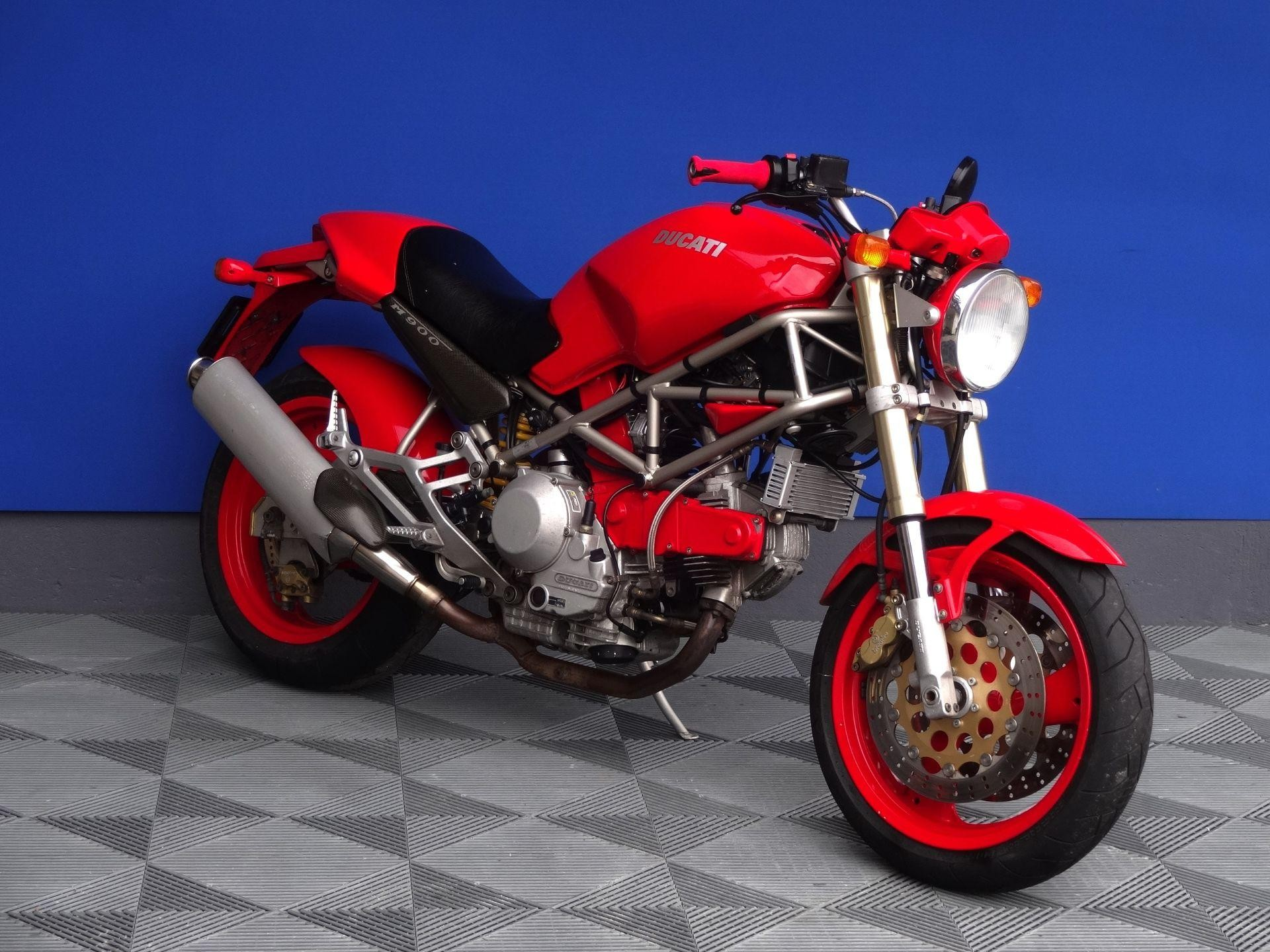 motorrad occasion kaufen ducati 900 monster vogel motorbikes sch pfheim. Black Bedroom Furniture Sets. Home Design Ideas