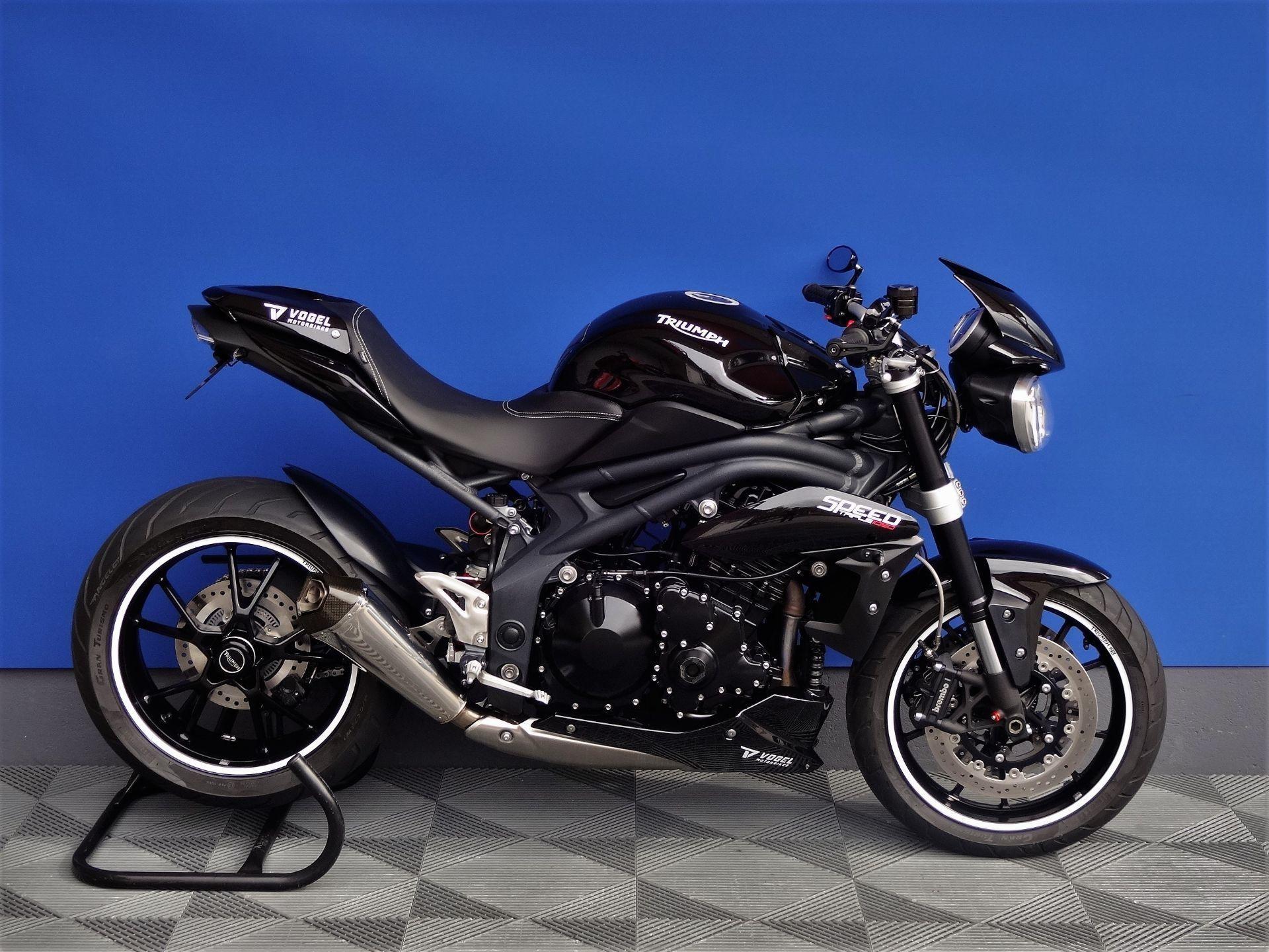 motorrad occasion kaufen triumph speed triple 1050 remus vogel motorbikes sch pfheim. Black Bedroom Furniture Sets. Home Design Ideas