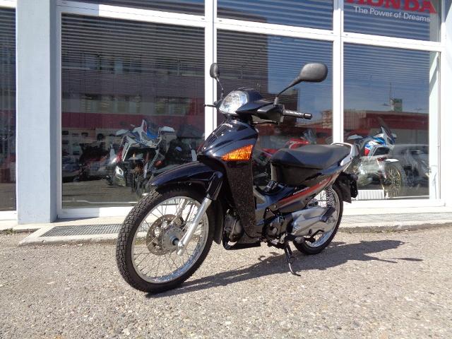 Motorrad kaufen HONDA ANF 125 Innova Occasion