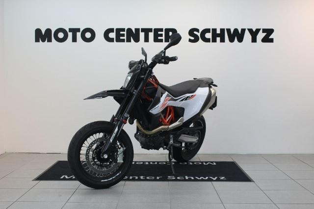 Motorrad kaufen KTM 690 SMC R Supermoto Vorführmodell