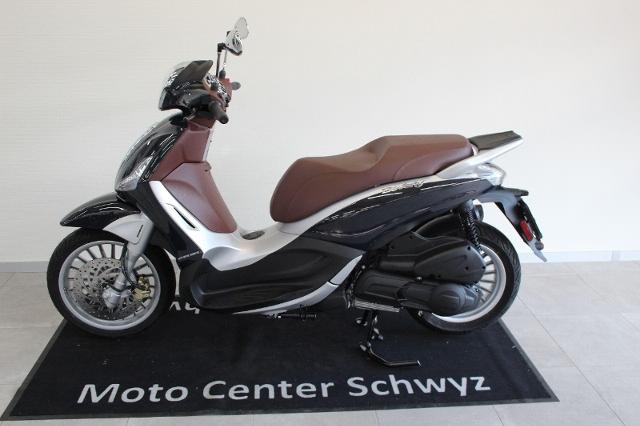 Motorrad kaufen PIAGGIO Beverly 300 i.e. ABS Neufahrzeug