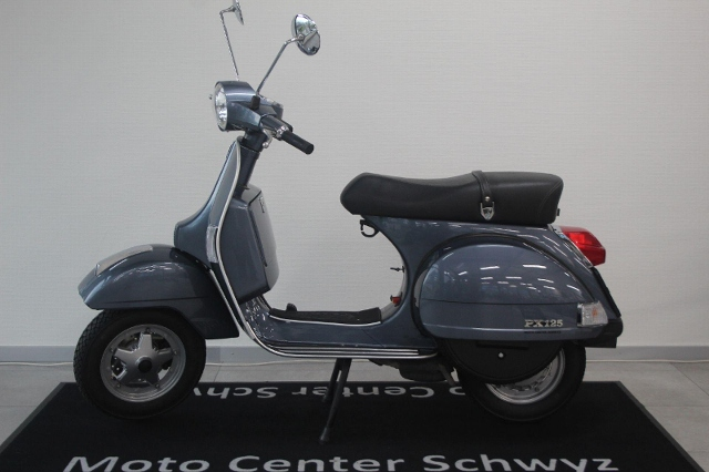 Motorrad kaufen PIAGGIO Vespa PX 125 Occasion