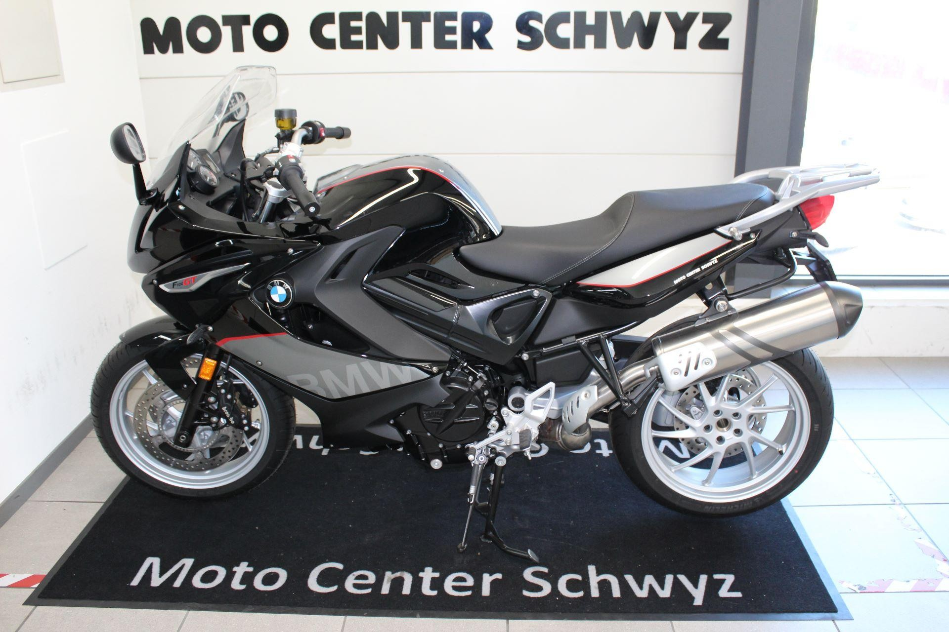 moto occasions acheter bmw f 800 gt moto center schwyz ag seewen schwyz. Black Bedroom Furniture Sets. Home Design Ideas