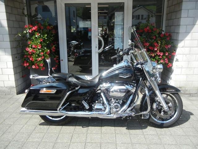Motorrad kaufen HARLEY-DAVIDSON FLHR 1745  Road King ABS Occasion