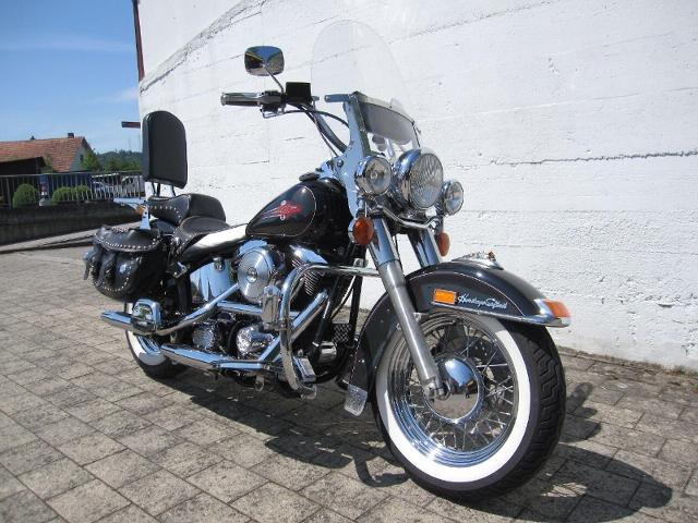 Motorrad kaufen HARLEY-DAVIDSON FLST 1340 Softail Heritage Occasion