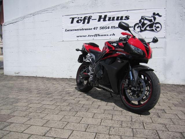 Motorrad kaufen HONDA CBR 600 RR Occasion