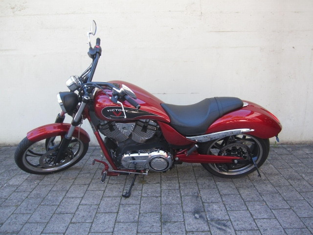 Motorrad kaufen VICTORY Jackpot ABS Occasion
