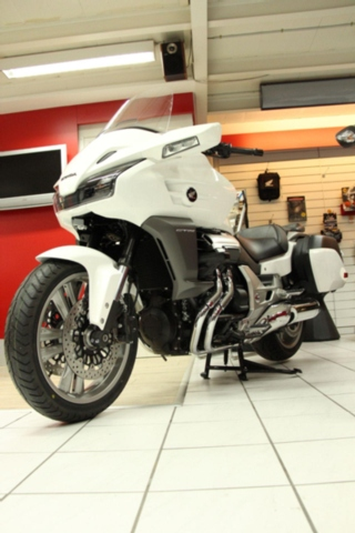 Motorrad kaufen HONDA CTX 1300 A ABS inkl. Neufahrzeug