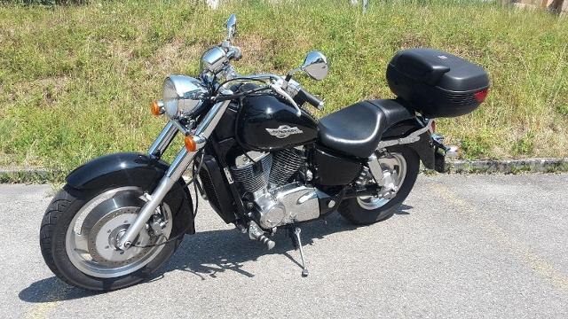 Motorrad kaufen HONDA VT 1100 C2B Shadow Occasion