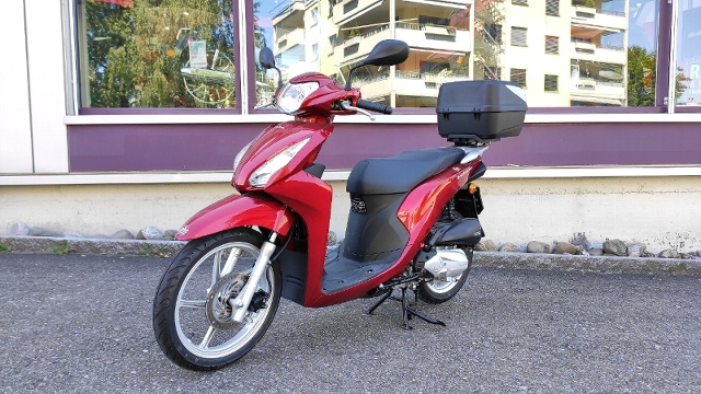 Motorrad kaufen HONDA NSC 110 MPD Vision Occasion