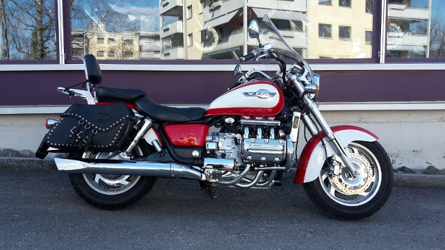 Acheter une moto HONDA GL 1500 C F6 Custom Occasions