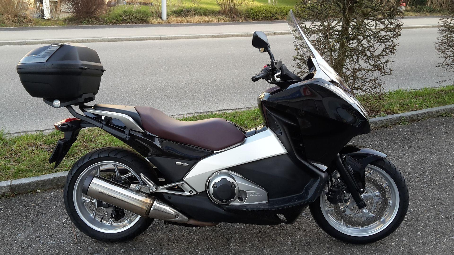 motorrad occasion kaufen honda nc 700 d integra abs joho motosport ag bremgarten. Black Bedroom Furniture Sets. Home Design Ideas