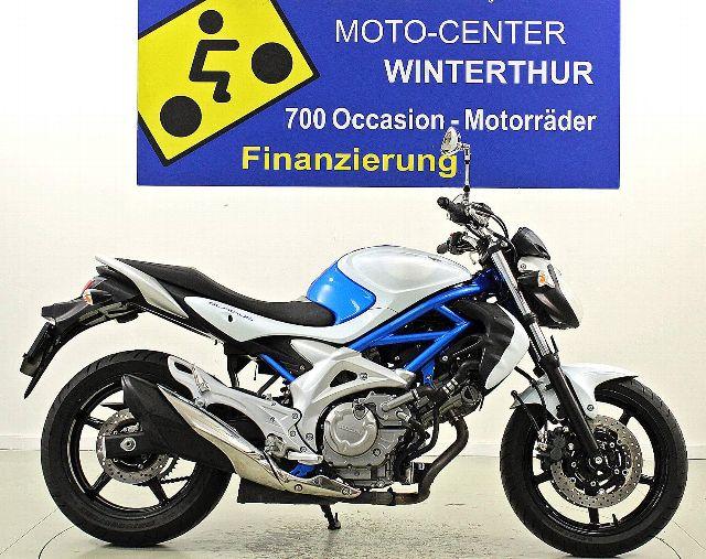Motorrad kaufen SUZUKI SFV 650 Gladius Occasion