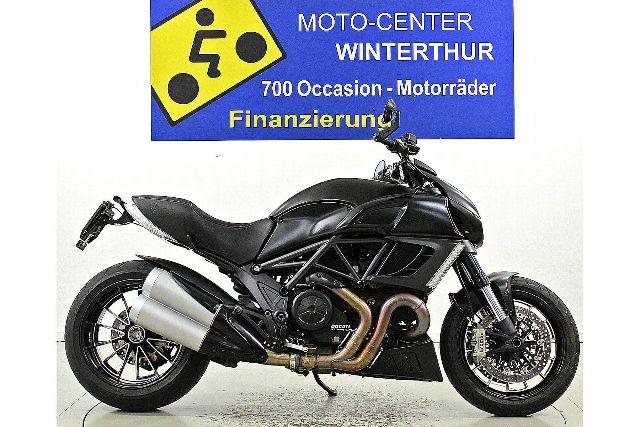 Motorrad kaufen DUCATI 1200 Diavel Occasion