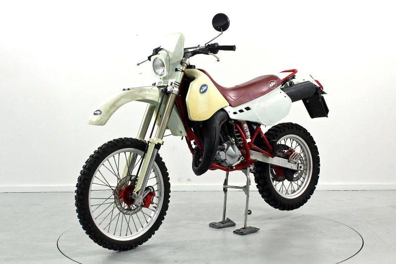 motorrad occasion kaufen ktm 125 gs enduro moto center. Black Bedroom Furniture Sets. Home Design Ideas