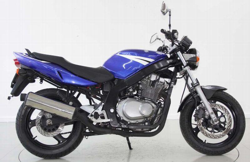 motorrad occasion kaufen suzuki gs 500 moto center. Black Bedroom Furniture Sets. Home Design Ideas