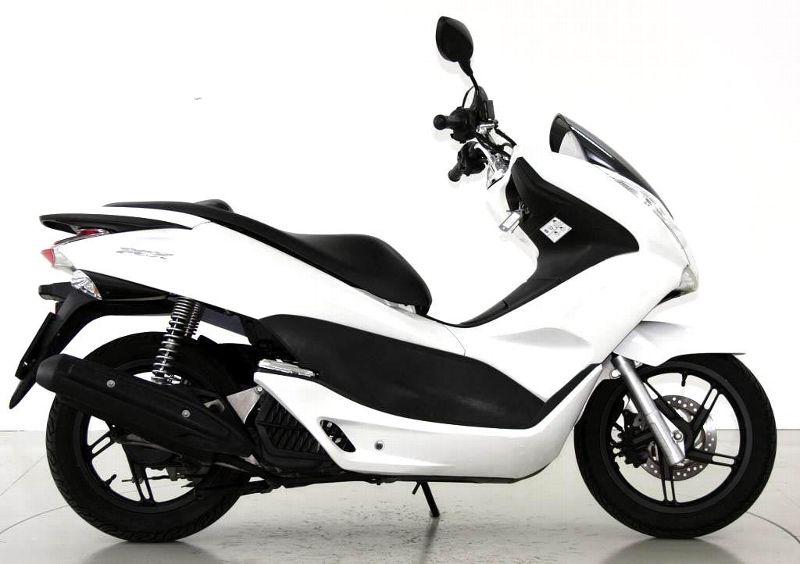 motorrad occasion kaufen honda pcx 125 stop go moto center. Black Bedroom Furniture Sets. Home Design Ideas